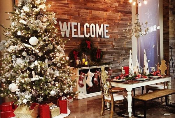 christmas table decor - Christmas Decorating Ideas For Church Sanctuary
